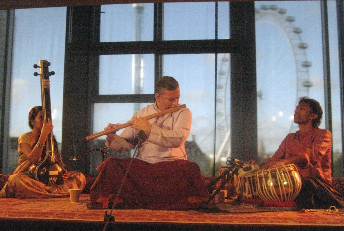 Nityanand Haldipur - Bansuri | Prabhu Edouard - Tabla at the Darbar Festival - London, 2014